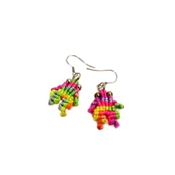 Boucles d'oreilles macramé multicolore grenouilles