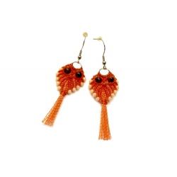 Boucles d'oreilles en macramé en forme de hibou orange
